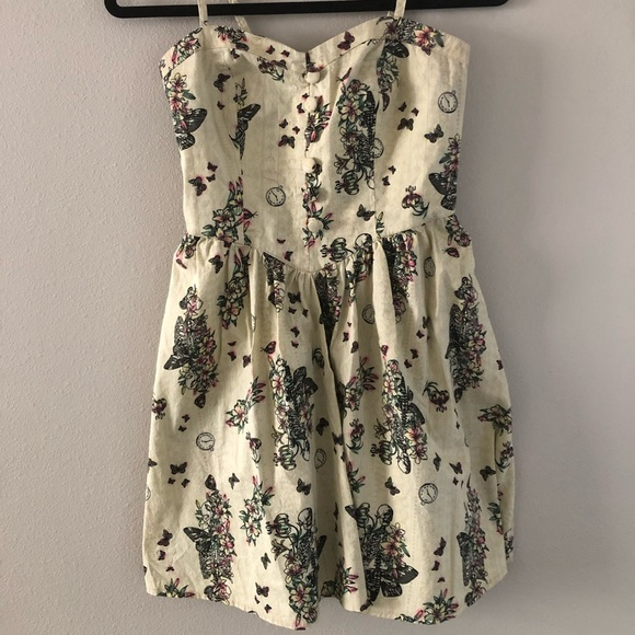 Hell Bunny Dresses & Skirts - Hell Bunny hot topic dress with pockets size sm